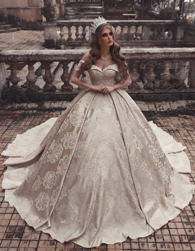 Elegant Strapless Off-The-Shoulder Wedding Dress | Long Ball-Gown 2021 Bridal Gowns