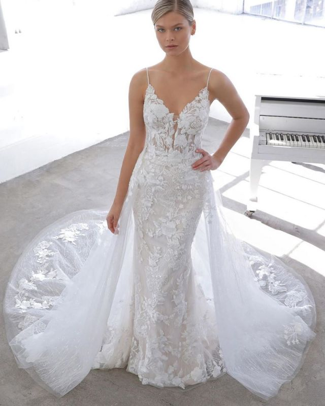 Simple Style Spaghetti Strap V Neck Applique Lace Sheath Wedding Dresses With Detachable Skirt