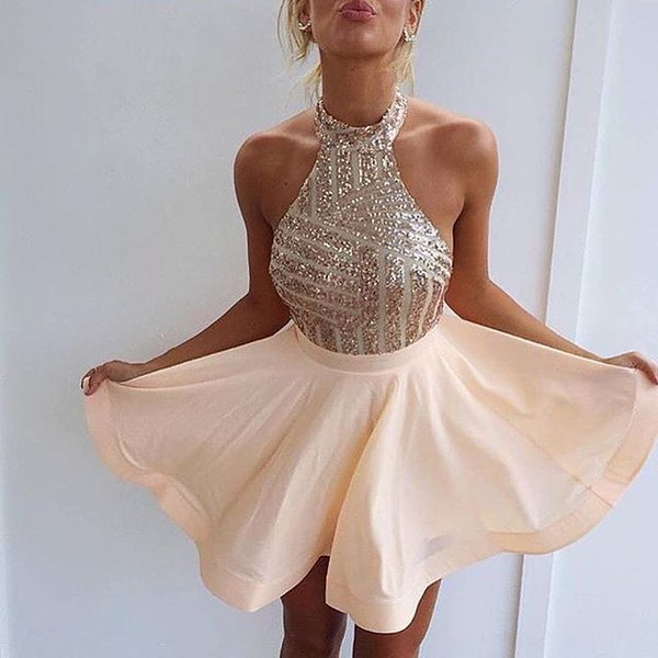 2021 Short Homecoming Dresses Halter Neck Sequins Top Sexy Cocktail Dresses