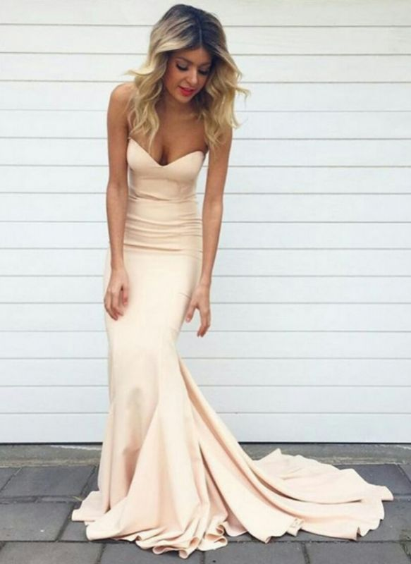2021 Simple Mermaid Prom Dresses Nude Color Sweetheart Neck Evening Gowns