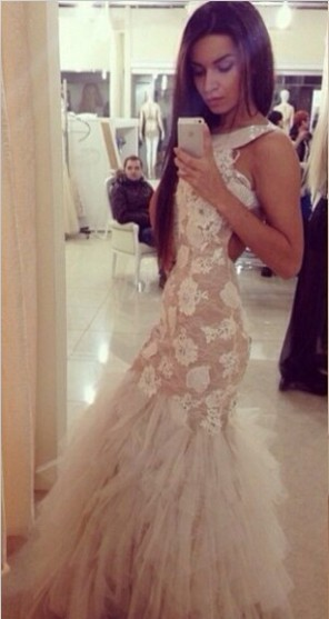 Ivory Evening Dresses Mermaid Lace Appliques Ruffles Tulle Backless Sleeveless Beading Floor Length Party Gowns