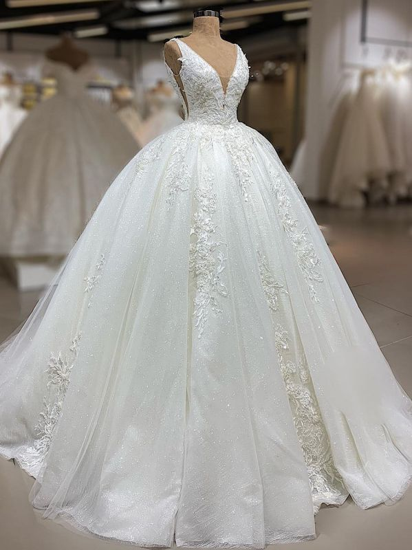 Luxury Lace Ball Gown Wedding Dresses | V-Neck Sleeveless Appliques Sequins Bridal Gowns