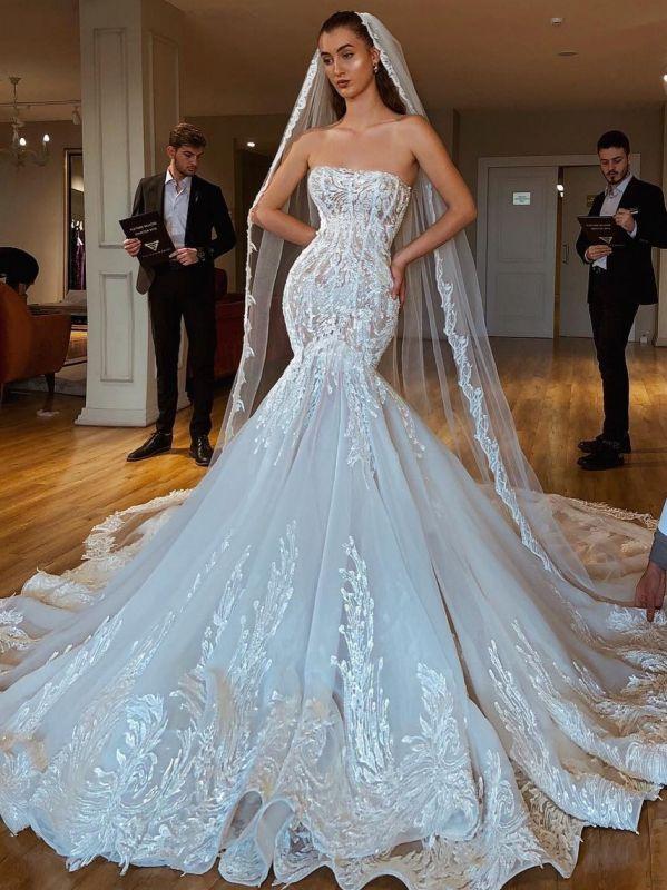 Exquisite Lace Mermaid Wedding Dresses   Strapless Appliques Long Bridal Gowns