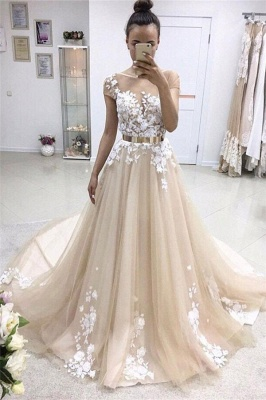 Elegant Short-Sleeves Crew Evening Dress | Tulle Belt Lace-Appliques Prom Gowns_2