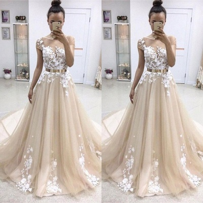 Elegant Short-Sleeves Crew Evening Dress | Tulle Belt Lace-Appliques Prom Gowns_1