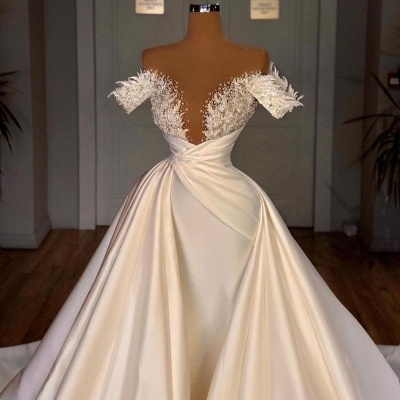 Off the Shoulder Sequined Fur Satin Wedding Party Gown Sleeveless/Long Sleeves styles_6