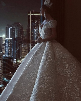Luxury Off The Shoulder Sweetheart Applique Crystal Ball Gown Wedding Dresses | Puffy Wedding Gown_3