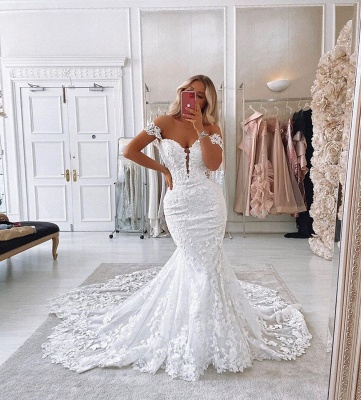 Alluring Off The Shoulder Sweetheart Lace Fit And Flare Mermaid  Wedding Dresses_3