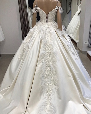 Ball-Gown Off-the-shoulder Satin Appliques Amazing Feathers Wedding Dresses_2