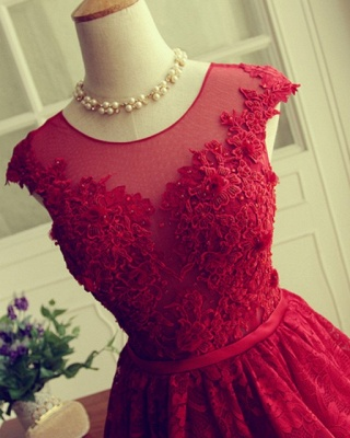 Red Short Lace Applqiues Homecoming Dress 2021 Cap Sleeves A-Line Cocktail Dresses_4