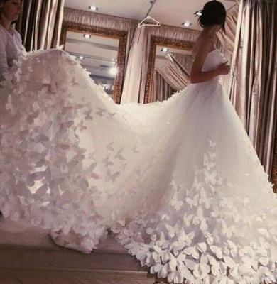 Romantic Butterfly Appliques A-line Wedding Dresses | Sweetheart Neckline Bridal Gowns_3