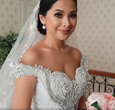 Luxury Sweep Train Ball Gown Wedding Dresses with Crystals_1