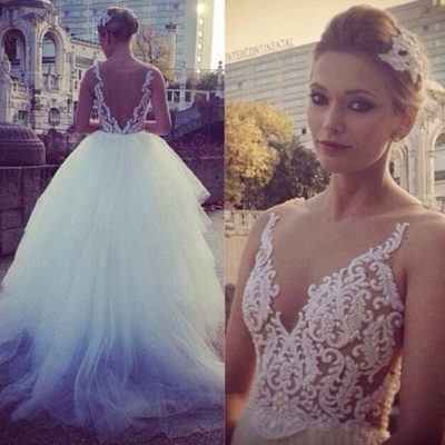 2021 Ball Gown Wedding Dresses V Neck Sheer Appliques Pearls Beaded Tiers Tulle Bridal Gowns_3