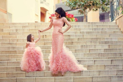 Chic Mother And Daughter Dresses Girl's Pageant Dresses Pink Ruffles Sleeveless Flower Girl's Dresses_2