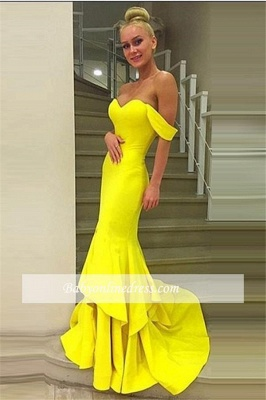 Sexy Off-the-Shoulder Mermaid Prom Dress 2021 Sweep-Train Tiered Evening Gowns_4