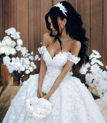 Romantic Floral Appliques Ball Gown Wedding Dresses | Off-the-Shoulder Bridal Gowns_3