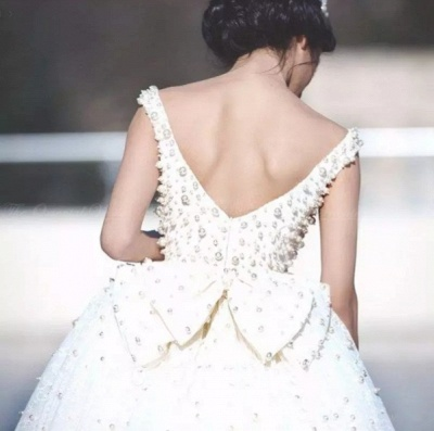 Bridal Scoop A-line Wedding Gowns   Sleeveless Pearls Wedding Dresses_4