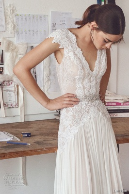 Elegant Lace A-Line Wedding Dresses | V-Neck Cap Sleeves Appliques Long Bridal Gowns_4